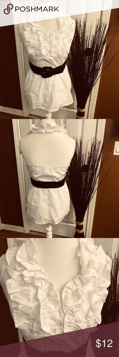 Ruffled front with belt and backless top Beautiful white ruffled blouse with black belt. Backless. Cato Tops