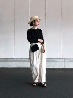 Women S Biggest Fashion Crimes Big Fashion, Japan Fashion, Dark Fashion, Minimal Fashion, Fashion Pants, Fashion Outfits, Womens Fashion, Cheap Fashion, Japan Outfit