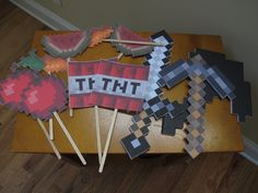 Minecraft Birthday: Photobooth props printed, mounted on foam core
