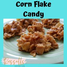 Need a quick and easy sweet treat for New Year's Eve Party? I have the answer you! Cornflake Candy is a hit in my house year round. In this video we show you step by step directions of how to make Easy Corn Flake Candy. Candy Recipes, Fall Recipes, Holiday Recipes, Christmas Foods, Christmas Candy, Cornflake Candy, Quick And Easy Sweet Treats, New Years Eve Food, Corn Flakes