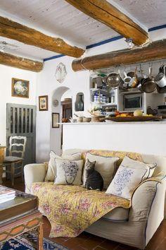 Rustykalna kuchnia z barkiem