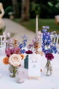 Summer Wedding Decorations, Romantic Wedding Decor, Summer Wedding Bouquets, Summer Wedding Colors, Wedding Table Flowers, Wedding Vases, Wedding Table Numbers, Pastel Wedding Centerpieces, Outdoor Wedding Tables