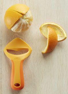 convenient orange peeler http://rstyle.me/n/u9q3mr9te