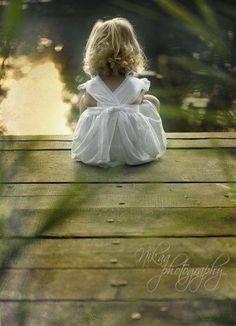 ⊰✿Ta dívčí, co ji znám, je má bílá princezna, jinou už na tom světě nehledám...