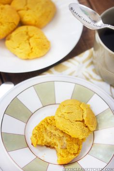 Paleo Pumpkin Biscuits and Thanksgiving Recipes