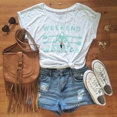 Weekend Vibes from IG user - Bullhead Denim Co High Rise Roll Hem Shorts Outfits For Teens, Casual Outfits, Summer Outfits, Cute Outfits, Cute Fashion, Teen Fashion, Womens Fashion, Boho Fashion, Passion For Fashion