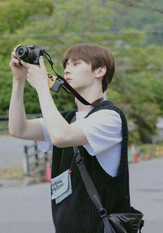 Minhyuk, Jinyoung, Shanghai, Let's Talk About Love, Korean Boys Hot, Nu Est Minhyun, First Boyfriend, Smart Boy, Ha Sungwoon