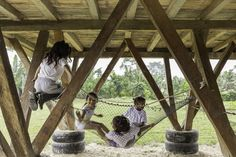 al borde + taller general elevate a lunchroom using functional legs in suburban ecuadorian community Parque Natural, Siargao, Lunch Room, David, Cabins In The Woods, Ecuador, Pavilion, Habitats, Home And Garden