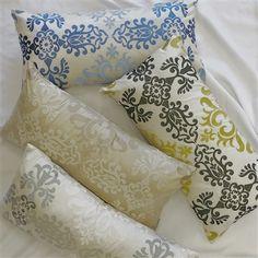 16 x 16 Silk Sall Collection Handmade 100/% Silk Decorative White Based Pink Angel/´s Trumpet Flower Throw Pillow