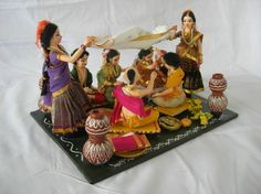 Her Story My name is Ramani,I run a small handicraft unit in Nagpur over the last 25 years. In our unit we make paper mâché handicrafts. We specialise in making paper mâché costumed …