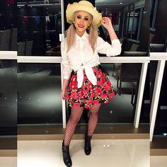 Look junino! Gostaram, uai? #ootn #lookofthenight #festajunina #saojoao #natanausa Grunge, Skirt Fashion, Cosplay Costumes, Casual Looks, Halloween, Plus Size, Street Style, Style Inspiration, My Style