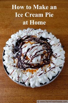 How to Make an Ice Cream Pie at Home. This concept recipe has directions for Chocolate Mint Grasshopper Pie or Salted Caramel & Fudge pie, but use the techniques to make it your own. (Chocolate Mint Uses) Ice Cream Pies, Ice Cream Desserts, Frozen Desserts, Ice Cream Recipes, Frozen Treats, Easy Desserts, Cream Cake, Delicious Desserts, Pie Dessert