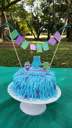 Cake topper - Monstros SA Monster Inc Party, Buu Monster Inc, Monster Party Favors, Monster Inc Cakes, Monster University Party, Monster Inc Birthday, Monster 1st Birthdays, First Birthdays, Cheap Party Decorations