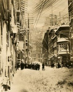 The blizzard of March 1888 was no joke! Wall Street bankers and financiers survey the damage. Courtesy of New York Historical Society.