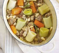 The Low Carb Diabetic: Hearty Lamb Stew - A Wonderful Winter Recipe Idea Moroccan Vegetable Stew, Moroccan Vegetables, Beef Bourguignon, Beef Stroganoff, Bbc Good Food Recipes, Cooking Recipes, Lamb Recipes, Healthy Recipes, Protein Recipes