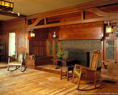 The most famous inglenook. in the living room of the Gamble House Frank Lloyd Wright, Interior Photo, Home Interior Design, Interior Ideas, Craftsman Style Interiors, Art Nouveau, Gamble House, Inglenook Fireplace, Fireplaces