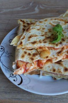 Cooking Recipes In Urdu, Pizza Recipes, Easy Cooking, Real Food Recipes, Calzone, Focaccia Pizza, Quesadillas, Crepes, Confort Food