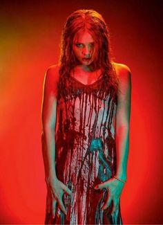 Chloe Grace Moretz as Carrie Carrie Halloween Costume, Halloween 3, Halloween Costumes, Halloween Outfits, Chloe Grace Moretz, Horror Sexy, Carrie 2013, Carrie Movie 1976, Horror Films