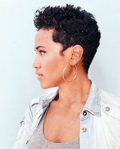 The best collection of Short Curly Pixie Haircuts latest and best short curly pixie hairstyles, short curly hairstyles 2018 Natural Hair Haircuts, Short Curly Pixie, Curly Pixie Hairstyles, Short Curly Haircuts, Short Straight Hair, Short Hairstyles For Women, Short Hair Cuts, Curly Hair Styles, Natural Hair Styles
