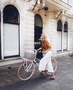 The Edit | Style Inspiration: Wonderful Wicker Part 3 - Whether as a basket on a bicycle or straw hats at the beach or as home décor, slippers and chairs ...