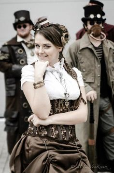 via SteamPunk Girl Steampunk Accessories, Steampunk Clothing, Steampunk Fashion, Steampunk Female, Steampunk Outfits, Cyberpunk, Steam Girl, Steam Punk, Steampunk Characters