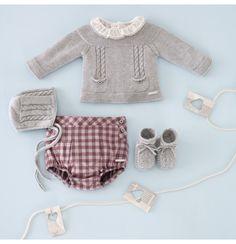 New knitting patterns toddler sweater boys 27 ideas Knitting For Kids, Baby Knitting, Little Girl Fashion, Kids Fashion, Baby Boy Outfits, Kids Outfits, Toddler Sweater, Boys Sweaters, Baby Kind