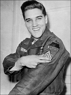 Elvis receives his promotion to  Sergeant E-5 while in Germany.