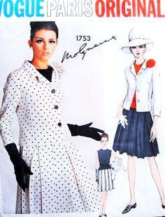 1960s CUTE Suit Designer MOLYNEUX Pattern VOGUE PARIS Original 1753 Box Pleated Skirt Shorter Jacket Jewl Neckline Blouse Bust 32 Vintage Sewing Pattern UNCUT