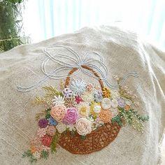 프랑스자수 플라워바스켓.#부케자수 #바스켓자수#embroidery#needlework #handembroidery #stiching#창작자수