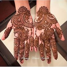 The Importance and Benefits of Mehndi at Traditional WeddingsFor Indian and Pakistani weddings, the celebratio Henna Hand Designs, Mehndi Designs Finger, Mehndi Designs For Girls, Unique Mehndi Designs, Mehndi Designs For Fingers, Wedding Henna, New Bridal Mehndi Designs, Beautiful Mehndi Design, Dulhan Mehndi Designs