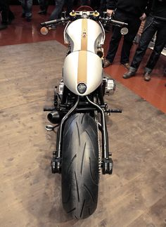 Laverda 1000 by Custom Wolf | Inazuma café racer