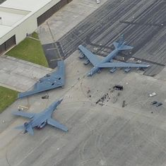 USAF strategic bombers—(counter clockwise) Lancer, Spirit and Stratofortress. Military Jets, Military Weapons, Military Aircraft, Bomber Plane, Jet Plane, B1 Bomber, Fighter Aircraft, Fighter Jets, Osprey Aircraft