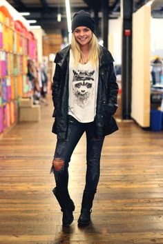 Distressed pants - graphic tee - leather jacket - boots - beanie   Spring / Fall