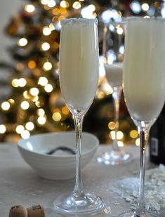 Coconut Vanilla Bellini by Jessica of How Sweet It Is ... delicious recipe and beautiful for entertaining
