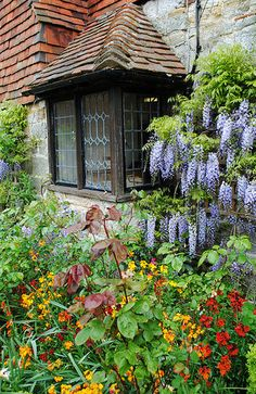 Almonry Cottage and Gardens, Battle, East Sussex