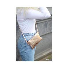 #Handtasche #Handmade #handgefertigt #in #deutschland #leder #bioleder #fair #produziert #von #elektropulli #kupfer #braun #schwarz #gold #silber #blau #deutschland #fashion #mode #trend #online #im #shop #lederbeutel #tasche #rucksack #turnbeutel