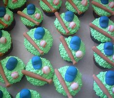 - A collection of baseball cupcakes 1st Birthday Parties, Birthday Party Decorations, 3rd Birthday, Food Decorations, Birthday Ideas, Baseball Birthday, Baseball Party, Baseball Season, Baseball Treats
