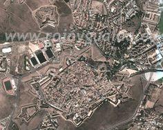 Vista aérea de la Praça de Guerra de Elvas y Forte de Santa Luzia, Elvas. Alentejo, Portugal.