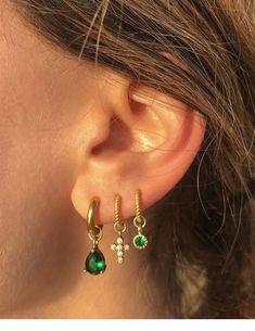 Sterling silver ear cuff no piercing, Huggie hoop earrings silver, Fake cartilage piercing, Helix earring hoop gold, Small pearl hoops - Custom Jewelry Ideas Ear Jewelry, Cute Jewelry, Gold Jewelry, Jewelry Accessories, Jewlery, Jewelry Bracelets, Jewelry Armoire, Women Jewelry, Pandora Jewelry