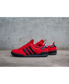 hot sale online cc488 0d29d Mens Adidas Gazelle Jeans GTX Collegiate Red Core Black Gold Metallic  Trainer Adidas Mænd, Mode