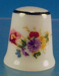 Vintage REUTTER Porcelain China FLORAL BOUQUET Thimble Porzellan W. Germany