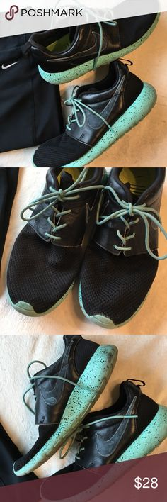 Nike Tennis Shoes Nike Tennis Shoes Black // Minty Green /// Worn - as is - Size 8 Nike Shoes Sneakers