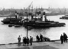 1947: Tugboats on the Riover Tyne at South Shields