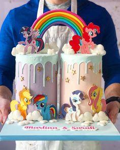 My little pony Sweet 16 Birthday Cake, My Little Pony Birthday Party, Baby Birthday, Birthday Ideas, Cumple My Little Pony, My Little Pony Cake, Pinkie Pie Cake, Cartoon Cakes, Twins Cake