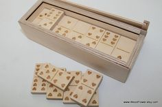 Wooden Domino Game with Heart Theme custom themes от WoodPower