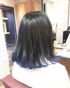 WEBSTA @ yasugi_eriko - 【毛先の先だけブルー】毛先の先だけブリーチしてブルーをチラチラゆれてかわいいとってもお似合いでした!#外国人風#ヘア#ヘアスタイル#ヘアカラー#アッシュ#アッシュグレージュ#グラデーション#ブリーチ#マニックパニック#髪型#撮影#メイク#ファッション#美容室#表参道#青山#東京#hair#haircolor#color#cut#make#ash#hairsalon#fashion#aoyama#omotesando#tokyo