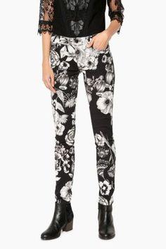Desigual Outlet - Desigual / Different. Pants, Fashion, Trouser Pants, Moda, Fashion Styles, Women's Pants, Women Pants, Fashion Illustrations, Trousers