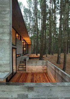 Sunken porch, modern house with deck