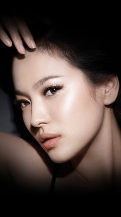"""Song Hye-kyo ♥ 송혜교, Did an amazing job in the foreign film """"Hwang Jin Yi."""" She has become one of my favorites."""