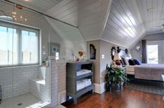 Attic suite with shower